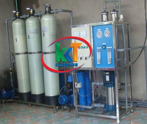 Tiêu chuẩn lắp đặt máy sản xuất đá viên tinh khiết   Hướng dẫn lắp đặt máy sản xuất đá viên, báo giá lắp đặt máy sản xuất đá viên tinh khiết chất lượng