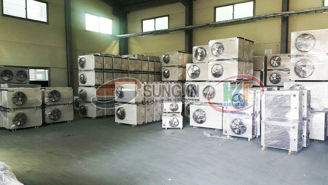 Tháng 2 này lượng lớn sản phẩm Sungjin chủ yếu là các máy móc kho lạnh sẽ tới thị trường Việt Nam. Kikentech sẽ cung cấp số lượng này tới tháng 5/2018 và thêm 1 lô nữa trước khi nhà máy đi vào sản xuất tại Vũng Tàu. Liên hệ 0944.899.886 để được báo giá máy móc kho lạnh chi tiết nhanh chóng, chính xác
