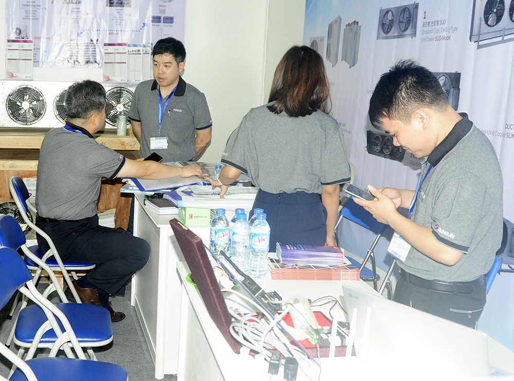 Giới thiệu sản phẩm Sungjin của công ty Kikentech tại hội chợ triễn lãm