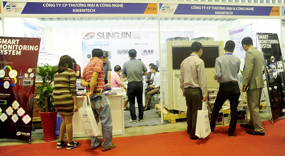 Cụm máy nén dàn ngưng Sung Jin hay còn gọi là cụm máy kho lạnh Sungjin là bộ phận không thể thiếu đối với kho lạnh bảo quản, kho lạnh công nghiệp. Mua cụm máy kho lạnh Sungjin, cụm máy kho lạnh Sung Jin giá rẻ tại Kikentech liên hệ 0944.899.886.