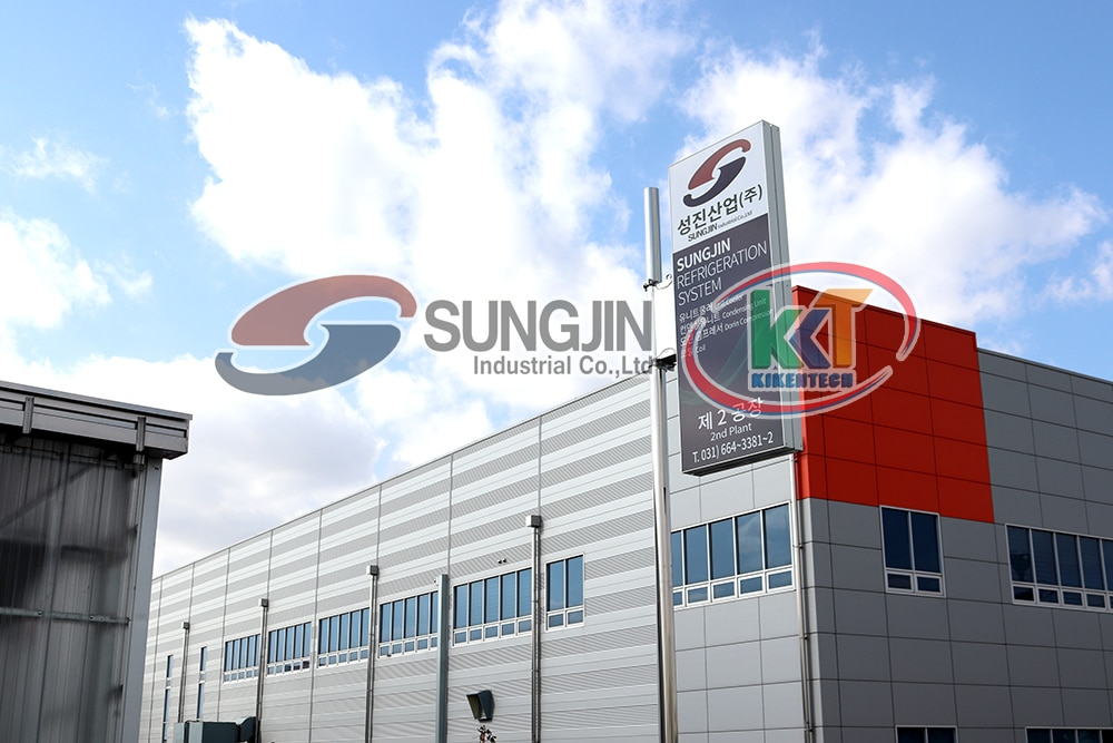 Lắp đặt kho lạnh ngày càng phổ biến tại Việt Nam nên cần phải biết lựa chọn mua máy móc kho lạnh chất lượng giá rẻ để tiết kiệm chi phí. Dàn lạnh Sung Jin, Cụm máy nén dàn ngưng Sung Jin, cụm máy kho lạnh Sung Jin được mọi người tin dùng. Mua máy móc kho lạnh Sung Jin liên hệ 0944.899.886