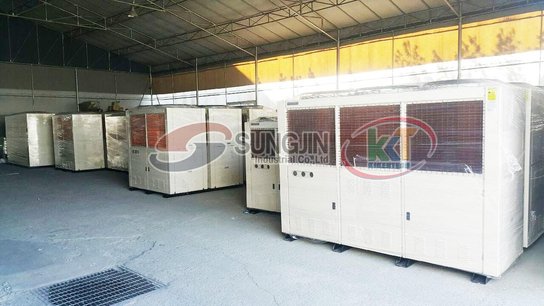 Lắp đặt kho lạnh cấp đông hiệu quả với máy móc công nghiệp Sungjin. Lắp đặt kho lạnh cấp đông lạnh hiệu quả cùng cụm máy kho lạnh, dàn lạnh công nghiệp Sungjin