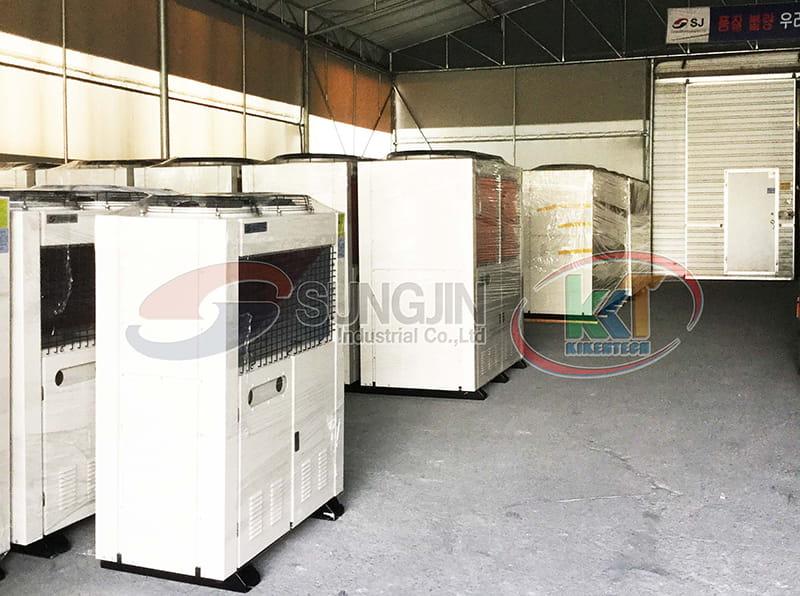 Bãi tập kết cụm máy nén dàn ngưng đã hoàn thiện để đưa đến kho ở xưởng lắp đặt Sungjin tại Hàn Quốc